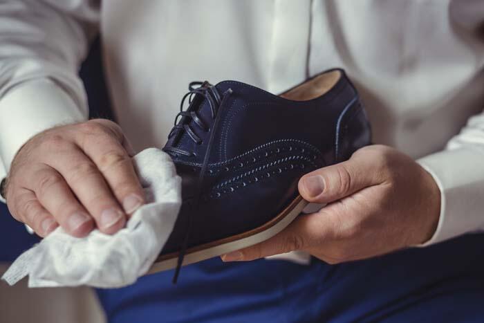 Koronavirüs cansız nesnelerde terlik ve ayakkabılarımızda ne kadar süre yaşamını sürdürüyor